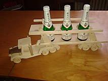Dekorácie - Darček- nákladné auto na 3 fľašky - 4863815_