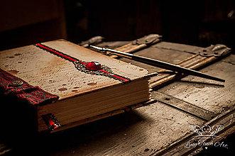 Papiernictvo - Bathory Diary / na zákazku :) - 4872040_