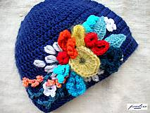 Čiapky - háčkovaná čiapka s kvietkami - 4884564_