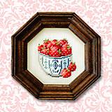 Obrazy - Jahôdky v osemuholníkovom rámiku NA ZÁKAZKU - 4885192_