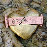 Odznaky/Brošne - Broken heart - 4900266_