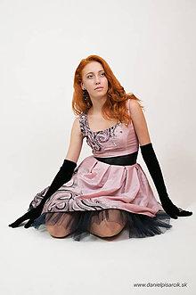 Šaty - ružová neha - maľba na spoločenských šatách - 4908646_
