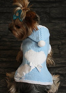 Pre zvieratká - Pletený svetrík srdiečka pre Lucku - 4911451_