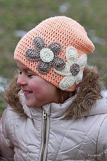 Detské čiapky - marhuľová s kvietkami - 4922372_