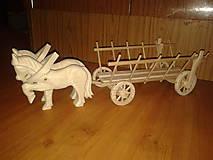 Hračky - drabinovec z ručne vyrobenými koníkmi - 4959038_