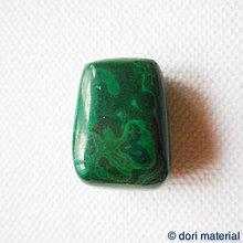 Minerály - malachit 23 x 16 x 11 mm - 4968575_