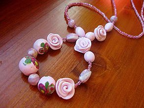 Náhrdelníky - Ružičkový náhrdelník  - akcia č.42 - 4966921_