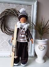 Bábiky - Chlapec v hnedom kabátiku - 4972393_