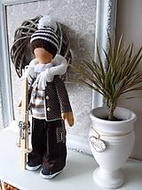 Bábiky - Chlapec v hnedom kabátiku - 4972394_