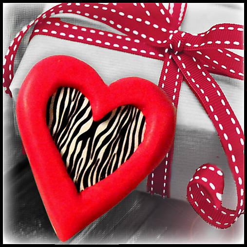 Valentínska magnetka - srdce - zebra