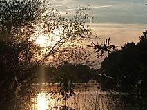 Fotografie - Západ slnka pri Váhu..... - 4988659_