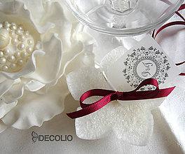 Darčeky pre svadobčanov - Darček pre hostí - plávajúca sviečka P23 - 4987950_