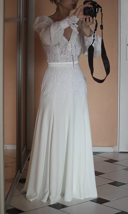 a0055ff5634d Romantické spoločenské šaty s dlhým rukávom rôzne farby   Dyona ...