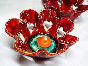 Svietidlá a sviečky - Srdiečkový svietnik (červený) - 4987413_