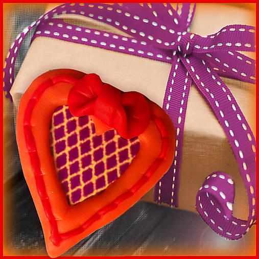 Valentínska magnetka - srdce - s mriežkou