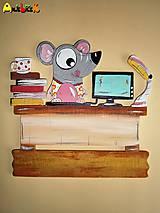 Menovka - myška úradníčka