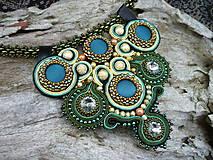 Náhrdelníky - Sutaškový náhrdelník Páví dáma - 5045127_