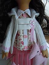Bábiky - Ružová v skladanej sukničke - 5071784_