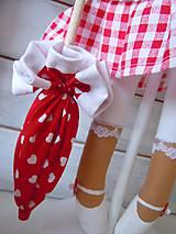 Bábiky - Červená na podstavci so slnečníkom - 5085455_
