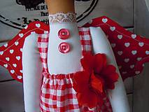Bábiky - Červená na podstavci so slnečníkom - 5085458_