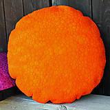 Oranžový kulatý