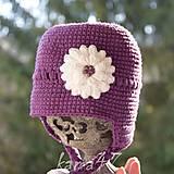 Detské čiapky - Prechodná ušianka ... biely kvet - 5103840_