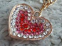 Náhrdelníky - Moje srdce horí ...od samej lásky - 5106700_
