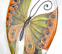 Dekorácie - Sklenená dekorácia  na stenu Motýľ. - 5110872_