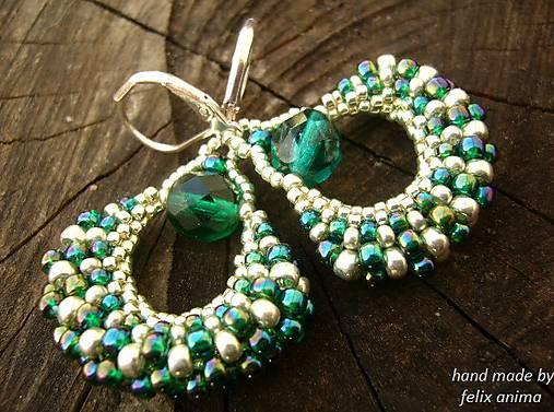 Vejáriky smaragdovo - strieborné