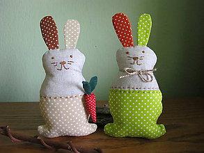 Dekorácie - Zajačik s mrkvičkou- dekorácia - 5115927_