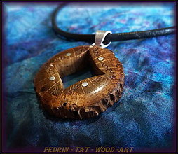 Náhrdelníky - 426. Drevený náhrdelník - DUBOVÁ Hviezda - 5122489_