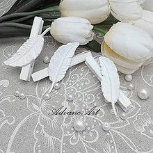 Darčeky pre svadobčanov - Chabby Chic štipce pierka - 5130095_