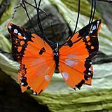 Náhrdelníky - Náhrdelník motýl oranžový - 5135921_