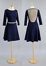 Šaty - S tylom na chrbte a kruhovou sukňou... - 5138040_