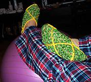 Obuv - Zelňáčiky - ľahké papuče, pyžamkovotelkáčikovoknižkové papučky.... - 5141161_