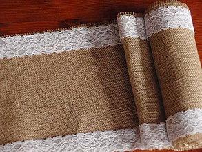 Úžitkový textil - Šerpa na stôl so šírkou 26 cm z juty s čipkou 5cm po okrajoch - 5146914_