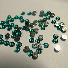 Iný materiál - Našívacie kamienky kruhové zelené 4mm jednodierkové - 5150692_