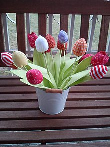 Dekorácie - Tulipán - jarný pán :) - 5155104_