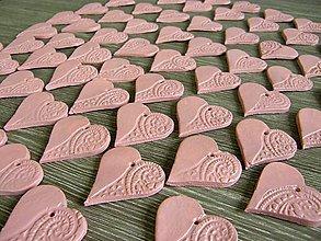 Darčeky pre svadobčanov - srdiečko keramické - staroružové, biele - 5156727_