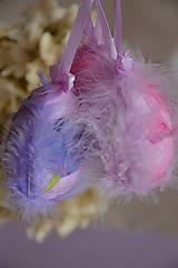 Vajíčko ružové s períčkom SKLADOM