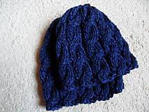 osmičková čiapka modrá