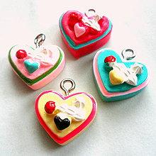 Korálky - Plast.prívesok-srdce - 5179779_