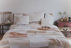 Úžitkový textil - Romantická prikrývka zo svetrov - 5187638_