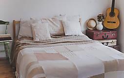 Úžitkový textil - Romantická prikrývka zo svetrov - 5187639_