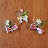 Svadobné pierka ružovo-krémové