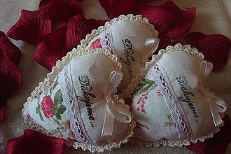 Darčeky pre svadobčanov - Svadobné srdiečka-darček pre hostí - 5212703_
