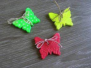 Darčeky pre svadobčanov - motýlik keramický - 5241721_