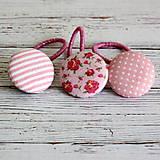 DETSKÉ gumičky do vlasov s buttonkami Ružové