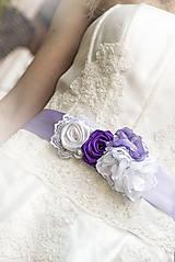 Svadobný opasok fialkový
