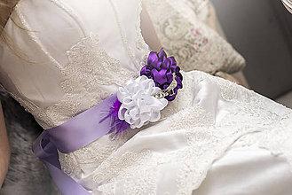 Opasky - Svadobný opasok fialový s brošňou - 5245288_